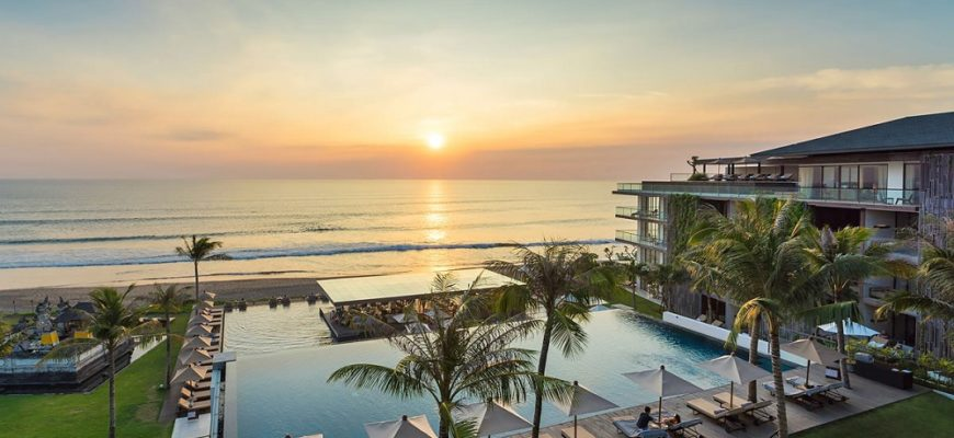 Best beachside hotels for couples