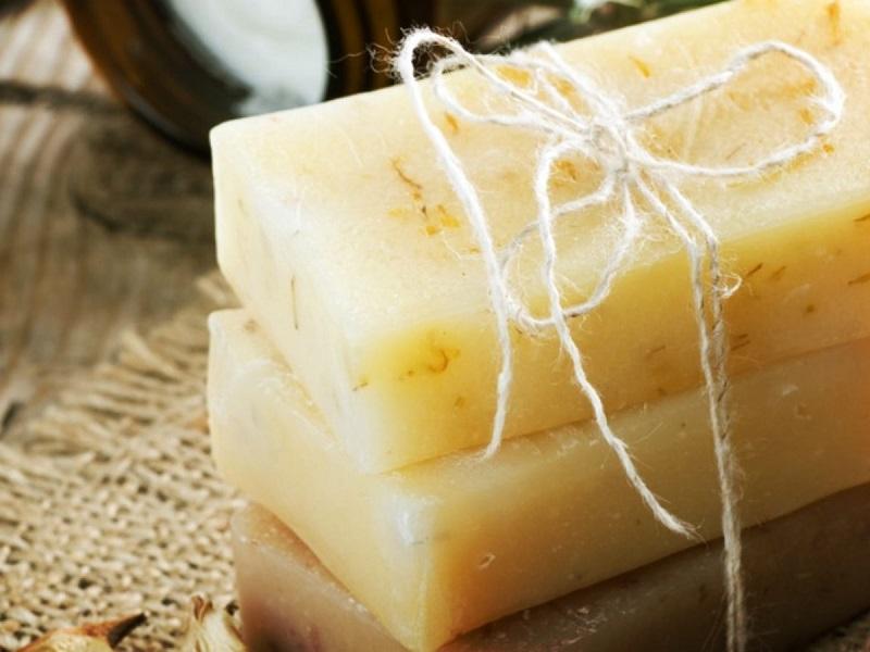 Homemade antibacterial soap